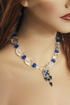 Joyas de cristal declaración collar collar azul gran por Jewelshart, $75.00