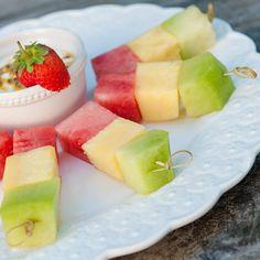 Veja esta receita de Espetada de Fruta. Esta e outras deliciosas receitas no site Nestlé Cozinhar.