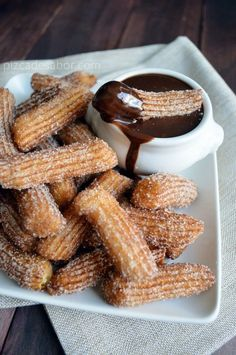 Most popular tags for this image include: chocolate, churros, food, yummy and sugar Mexican Dishes, Mexican Food Recipes, Sweet Recipes, Dessert Recipes, Mexican Desserts, Pan Dulce, Enjoy Your Meal, Delicious Desserts, Yummy Food