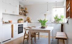 Top 9 Interesting Scandinavian Kitchen Design Ideas That Look More Amaze Scandinavian kitchen design is a favorite of most people because it is a white design and always clean. Everyone will definitely love a clean kitchen . Kitchen Nook, Kitchen Dining, Kitchen Decor, Kitchen Ideas, Kitchen Interior, Interior Design Living Room, Small Kitchen Layouts, Kitchen Designs, Kitchen Remodel Cost