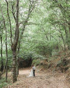 """""""contigo me siento pequeño"""" #ribeirasacra #galicia #querote #amorciño    #bodasdiferentes #testimo #bodasnet #bodasbonitas #weddingphotographer #videodeboda #weddingday #josetroitnho #lifestyle #bodacoruña #bodavigo #bodasantiago #weddingdestination #life #lookslikefilm #lovely #travel #weddingphotographer #luz #bodasoriginales #boda #portrait #amordaterra #spain4wedding #vigo #coruña"""