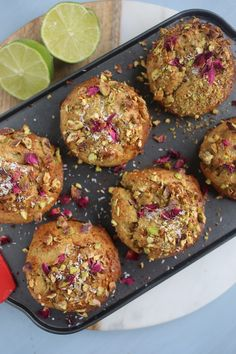 Pistachio, Lime and Coconut Muffins (Natural Born Feeder) Healthy Sweets, Healthy Snacks, Healthy Eating, Healthy Recipes, Breakfast Recipes, Dessert Recipes, Breakfast Healthy, Breakfast Muffins, Breakfast Ideas