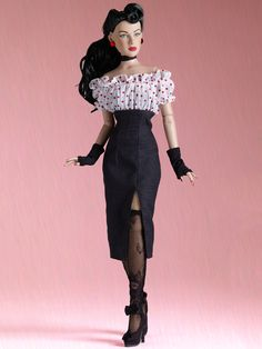 MAXINE - Only 38 Left! | Tonner Doll Company  -  Pinned 6-15-2015.