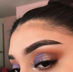 Gorgeous eye make up shared by Masha on We Heart It Makeup Eye Looks, Cute Makeup, Glam Makeup, Pretty Makeup, Makeup Inspo, Eyeshadow Makeup, Makeup Ideas, Makeup Glowy, Makeup Tips