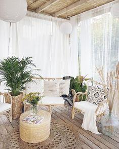 Boho terrace patio backyard bohemian decor Beach Home Decor Casa Patio, Backyard Patio, Patio Swing, Diy Patio, Outdoor Spaces, Outdoor Living, Outdoor Decor, Outdoor Patios, Outdoor Kitchens