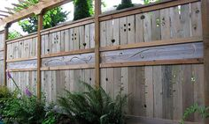 exterior, Gorgeous Pattern On Wooden Fence Which Is Made Using Unique Fence Ideas Decorated With Beautiful Green Plants And Charming Flowers Nuanced In Cute Purple - Fascinating Unique Fence Ideas for Better Exterior House Impression Front Yard Design, Front Yard Fence, Fence Design, Garden Design, Pool Fence, Garden Fencing, Garden Art, Garden Ideas, Design Cour