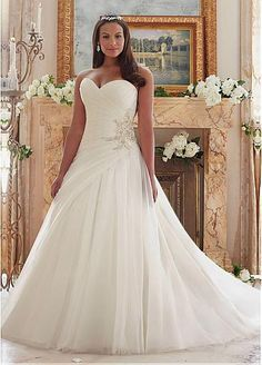 Marvelous Organza Sweetheart Neckline A-line Plus Size Wedding Dresses With Beadings