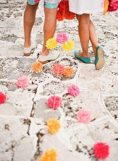 pom pom garland (Southern Weddings by decor8)