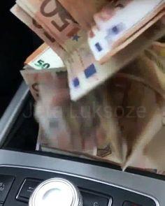 Rich Kids Spotted   Image / Video  (💸💸💸) #richkidsalbania #richkidsofinstagram #rich #lux #luxury #luxurylife #luxurylifestyle #love #tirana #durres #albania #vip #famous #boss #life #lifestyle #lifestyleblogger #blogger #bloggers #car #cars #money #millionaire #billionaire #mercedesbenz https://...