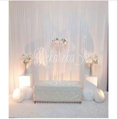 Mini pelamin inspiration Indoor Wedding Decorations, Diy Wedding Backdrop, Wedding Mandap, Wedding Stage, Dream Wedding, Pelamin Simple, Diy Pelamin, Backdrops, Backdrop Ideas