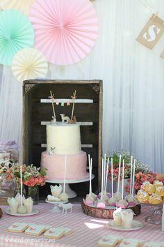 Nice Party Comunión bosque Mesa de dulces y decoración (9)
