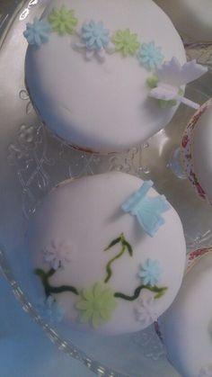 Cakes for my mum...