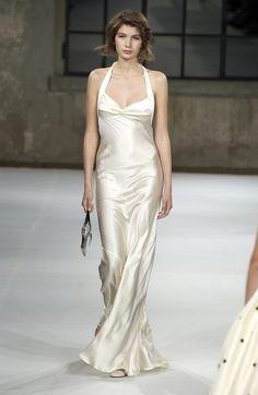 Luisa Beccaria at Milan Fashion Week Spring 2004 - Runway Photos White Satin Dress, Satin Dresses, Silk Dress, Prom Dresses, Gowns, Wedding Dresses, Luisa Beccaria, Catwalk Fashion, Fashion Models