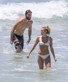 Miley Cyrus and Liam Hemsworth Get Sexy and Splashy While Swimming in Australia