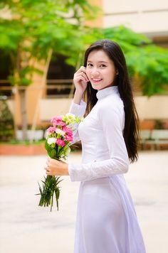 Kết quả hình ảnh cho áo dài trắng flickr