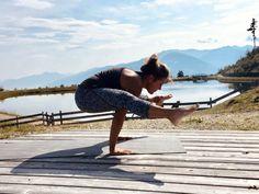 Alpines Yoga-Detox Weekend 🧘♀️12.09. - 15.09.2019 mit Übernachtung im 4 Sterne Boutique Hotel Brunnenhof in St. Anton am Arlberg. Erholen Sie sich in den Bergen ⛰☀️Mehr Infos finden sie auf unserer Website. 😀  #arlberghotel #tirol #yoga #bergyoga Weekender, St Anton, Bergen, Yoga, Boutique, Yoga Sayings