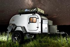 XTR is a modern spin on the classic 50sTeardrop Trailer, incorporating new technologies and an array of cushy amenities. Lightweight, small, and quite comfortable, these camping trailers include a roof top tent, space for a real mattress, running water and solar panels. Built to be a modern and mobile micro-home, the XTR has everything you need to live it up in the wild.