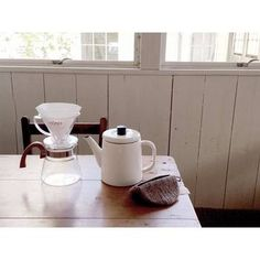 琺瑯は耐久性に優れ、そのまま火にかける事もできる万能製品です。朝のコーヒーも、道具にこだわっていれればいつものコーヒーも格別なものになるはずです。
