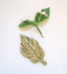 Autumn leaf home office decor by TheAtticPrincess on Etsy, €12.50