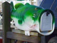 Bass mailbox