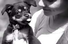 Ariana is a babe!