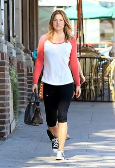 From Jessica Alba to Reese Witherspoon, see your favourite celebs going to the gym, and how you can emulate their look.