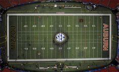 2013 SEC Football Championship Game. Auburn Univ, Auburn Tigers, Sec Football Championship, Battle Cry, Football Pictures, Basketball Court, Sports, Eagle, Strong