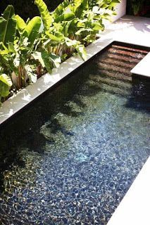 40 Brilliantly Awesome Backyard Pool Ideas to Turn into Relaxing Retreats. tags: backyard ideas, swimming pool design, backyard pool ideas on budget, small backyard pool, backyard pool lanscaping. Small Inground Pool, Small Swimming Pools, Small Pools, Swimming Pools Backyard, Small Backyard Landscaping, Swimming Pool Designs, Oberirdischer Pool, Sloped Backyard, Backyard House
