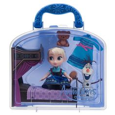 Fans of Frozen will warm to this Disney Animators' Collection Elsa Mini Doll Play Set. Disney Frozen Toys, Disney Princess Toys, Frozen Dolls, Cinderella Toys, Princess Barbie Dolls, Disney Cars, Disney Animator Doll, Disney Dolls, Disney Babies