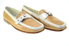 TOD'S  Acc.Fibbia F.  Donna Leather Light Beige Loafers Sz 40 NNO189 #TODS #Loafers