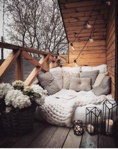 Best Home Decorating Ideas - Top Designer Decor - Balkon Ideen - Dekoration Dream Rooms, Dream Bedroom, Master Bedroom, Room Ideas Bedroom, Bedroom Decor, Outdoor Reading Nooks, Small Balcony Decor, Balcony Ideas, Balcony Garden