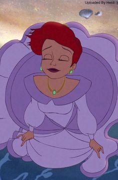 Ariel enjoying her feet in the water :) love this part Disney Pixar, Walt Disney, Disney Nerd, Disney Fan Art, Disney And Dreamworks, Disney Cartoons, Disney Animation, Disney Princesses And Princes, Disney Princess Ariel