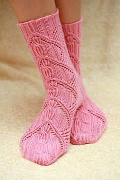 Lace Socks, Pink Socks, Crochet Socks, Knitting Socks, Hand Knitting, Knit Crochet, Bed Socks, Little Cotton Rabbits, How To Purl Knit