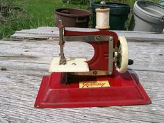 Toy Sewing Machine - Gateway Junior - Hand Operated - 1 Item - Lot 354. $49.99, via Etsy.
