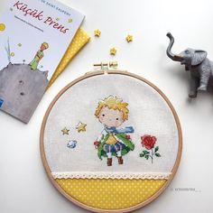 Cross Stitching, Cross Stitch Embroidery, Embroidery Patterns, Hand Embroidery, Cross Stitch Patterns, Cross Stitch Hoop, Cross Stitch Pillow, Cute Cross Stitch, Cross My Fingers