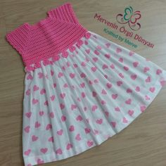 Best 10 Me gusta Crochet Yoke, Crochet Girls, Crochet Baby Clothes, Crochet For Kids, Baby Girl Dress Patterns, Dress Sewing Patterns, Little Dresses, Little Girl Dresses, Toddler Dress