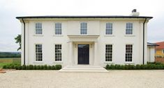 Mumford & Wood windows and doors complimenting the grandeur of this country manor Modern Georgian, Georgian Style Homes, Georgian Mansion, Terrace House Exterior, Dream House Exterior, Country Home Exteriors, Modern Farmhouse Exterior, House With Porch, House Front