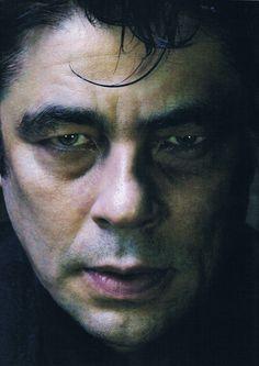 Benicio Del Toro, beautiful hazel sleepy eyes