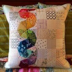 Sewing Cushion I love that I have friends that write books for me to make pretty things with. Applique Cushions, Patchwork Cushion, Sewing Pillows, Quilted Pillow, Small Quilts, Mini Quilts, Low Volume Quilt, Modern Quilt Blocks, Rainbow Quilt