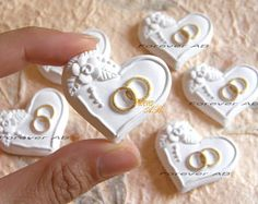 Wedding Sweets, Wedding Favours, Wedding Cards, Wedding Gifts, Kawaii Cookies, Wedding Cake Cookies, Iced Sugar Cookies, Cupcake Shops, Engagement Cakes