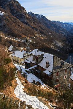 I Tetti di Comologno. Val Onsernone, Ticino. Svizzera.
