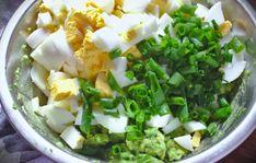 Pasta jajeczna z awokado | Słodkie Gotowanie Superfoods, Lettuce, Low Carb, Herbs, Healthy Recipes, Vegetables, Women's Fashion, Per Diem, Finger Food