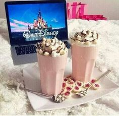 Perfect for a sleepover with a bff♥♥