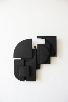 nature inspired modern living Modern Wall Sculptures, Sculptures Céramiques, Geometric Sculpture, Sculpture Art, Minimalist Art, Wood Wall Art, Installation Art, Oeuvre D'art, Art Nouveau