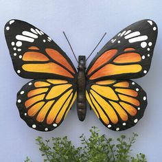 Metal Monarch Butterfly Wall Art Decorative Hanging Sculpture For Your Home for sale online Butterfly Painting Easy, Metal Butterfly Wall Art, Butterfly Wall Decor, Butterfly Art, Monarch Butterfly, Butterfly Stencil, Butterfly Shoes, Hanging Wall Art, Painted Rocks