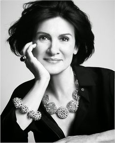 Paloma Picasso, is a French fashion designer, best known for her jewelry designs for Tiffany & Co. Pablo Picasso, Picasso Images, Picasso Pictures, Jacqueline De Ribes, Maxi Collar, Carmen Dell'orefice, Russian Jewelry, Paris Chic, Diahann Carroll