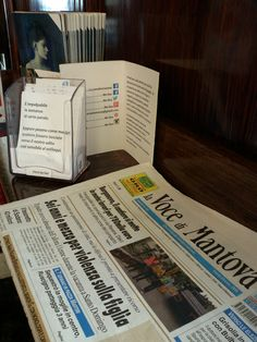 #versidabar al Caffè sociale di Mantova, piazza Cavallotti.