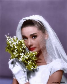Happy May Day! La Fête du Muguet 💐 Here is Audrey Hepburn holding a bouquet of Lily of the Valley flowers for the movie Funny Face, Robes Audrey Hepburn, Audrey Hepburn Funny Face, Audrey Hepburn Style, Katharine Hepburn, Audrey Hepburn Wedding, Lily Of The Valley Flowers, Divas, Wedding Bouquets, Wedding Dresses