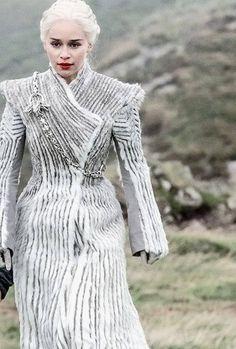 GOT Daenerys Targaryen Season 7 White Coat, Custom-made- Ispired Design GOT Daenerys Targaryen Season 7 White Coat Custom-made Daenerys Targaryen Season 7, Emilia Clarke Daenerys Targaryen, Game Of Throne Daenerys, Dany Targaryen, Danaerys Targaryen Costume, Got Costumes, Movie Costumes, Narnia, Game Of Trone