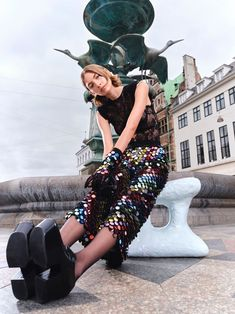 Sequins, High Fashion, Skirts, Harem Pants, Sequin Skirt, Ballet Skirt, Sparkle, Image Makers, Luxury